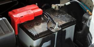 طول عمر باتری ماشین
