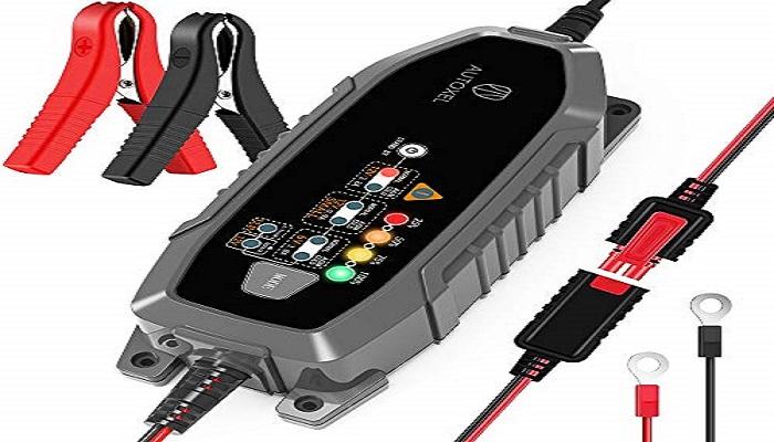 شارژ کردن باتری ماشین با دستگاه شارژ