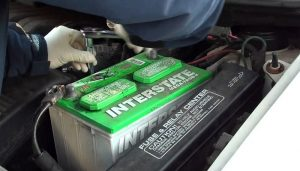 تعویض باتری ماشین